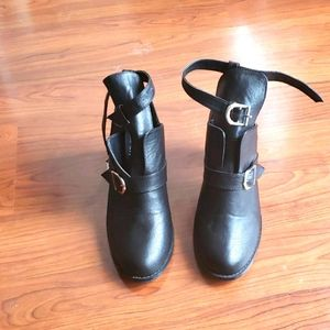 Bumper Women's boots size 9
